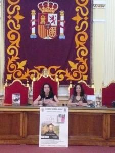 María y Laura Lara en el Salón Dorado de Melilla